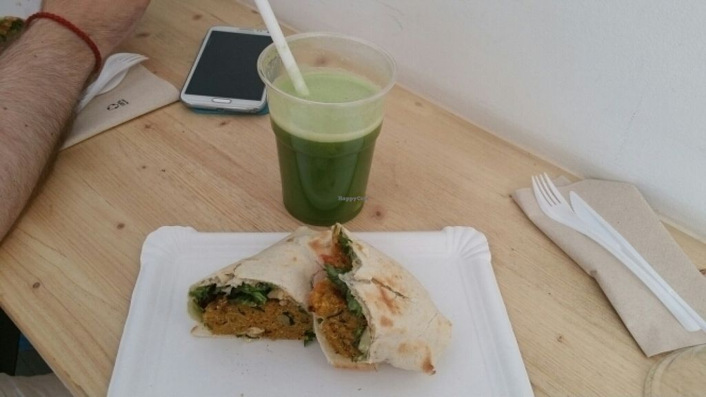 """Photo of CLOSED: COCO  by <a href=""""/members/profile/Cl%C3%A9menceCl%C3%A9mentine"""">ClémenceClémentine</a> <br/>quinoa wrap <br/> July 24, 2016  - <a href='/contact/abuse/image/70648/161915'>Report</a>"""