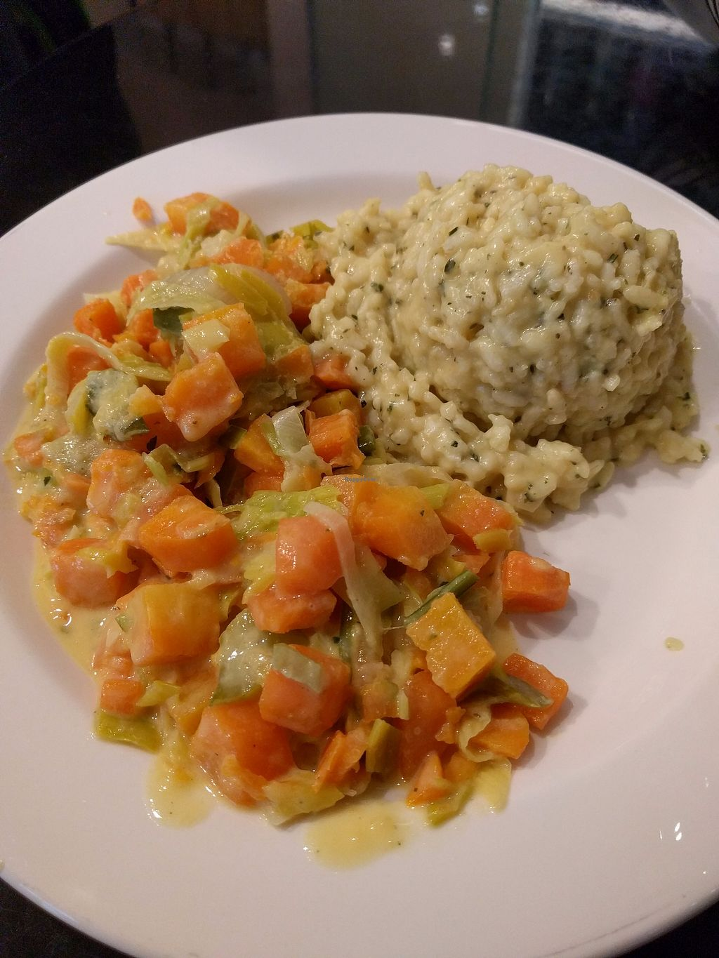 """Photo of Vier Linden Traiteur  by <a href=""""/members/profile/leanni"""">leanni</a> <br/>Vegan menu small 15.50 Fr. Super yummi Students 9.90 Fr <br/> December 11, 2017  - <a href='/contact/abuse/image/70670/334606'>Report</a>"""