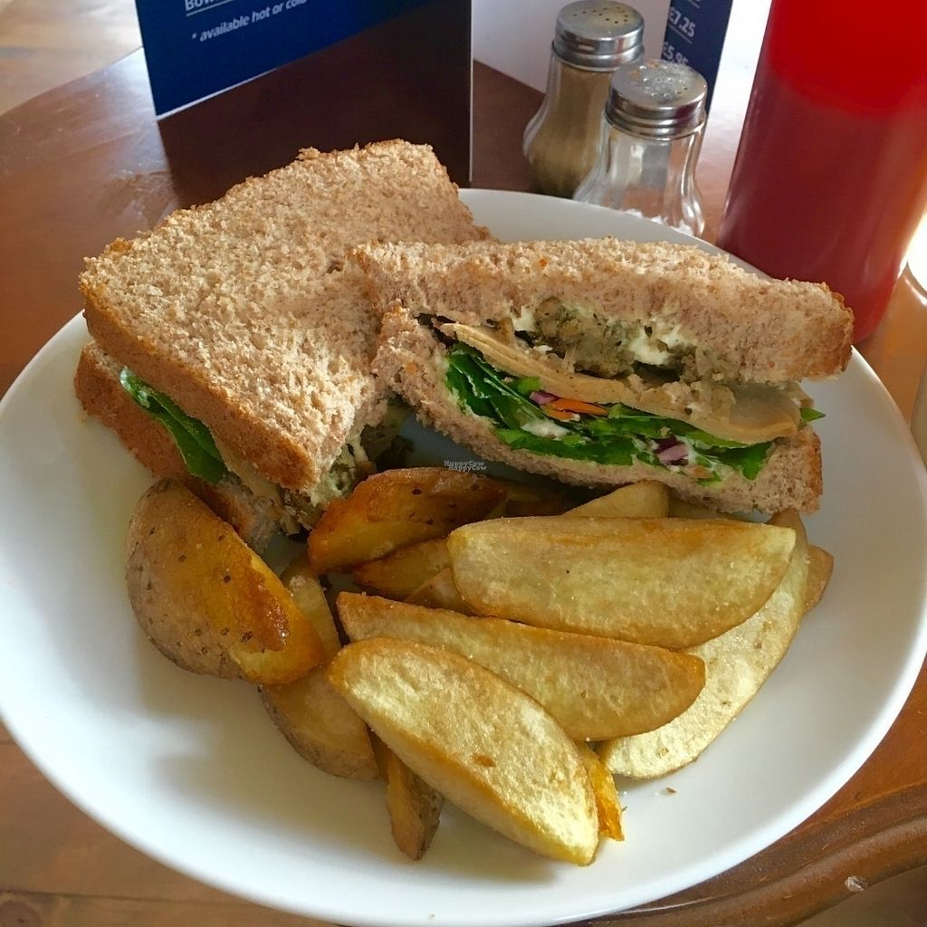 "Photo of The Peacock  by <a href=""/members/profile/Libra77"">Libra77</a> <br/>Chickn, stuffing and mayo sandwich <br/> September 30, 2016  - <a href='/contact/abuse/image/70771/178848'>Report</a>"