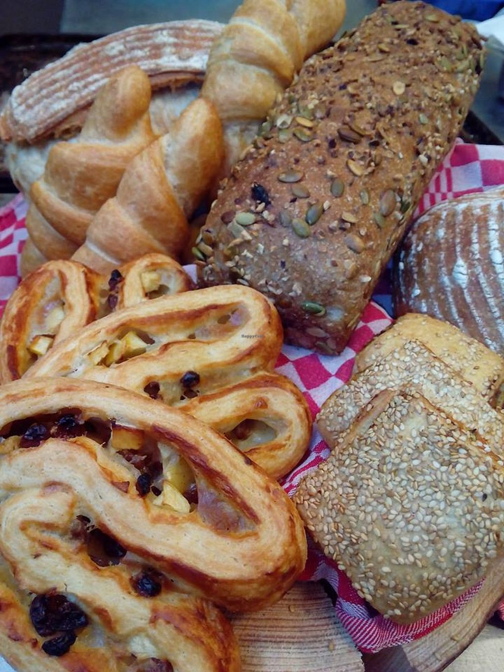 """Photo of Het Zaanse Bakkertje  by <a href=""""/members/profile/Cornelie"""">Cornelie</a> <br/>Vegan baked goods <br/> March 15, 2016  - <a href='/contact/abuse/image/70817/140038'>Report</a>"""