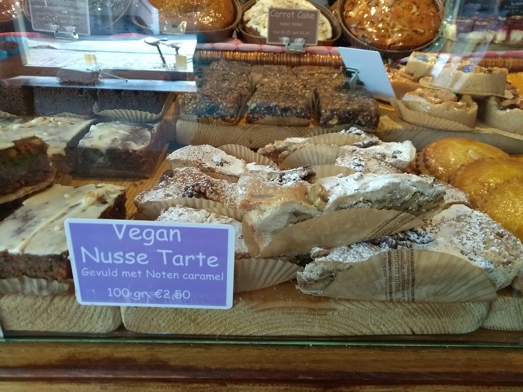 """Photo of Het Zaanse Bakkertje  by <a href=""""/members/profile/thenaturalfusions"""">thenaturalfusions</a> <br/>vegan whole nuts and caramel tart <br/> August 22, 2017  - <a href='/contact/abuse/image/70817/295847'>Report</a>"""