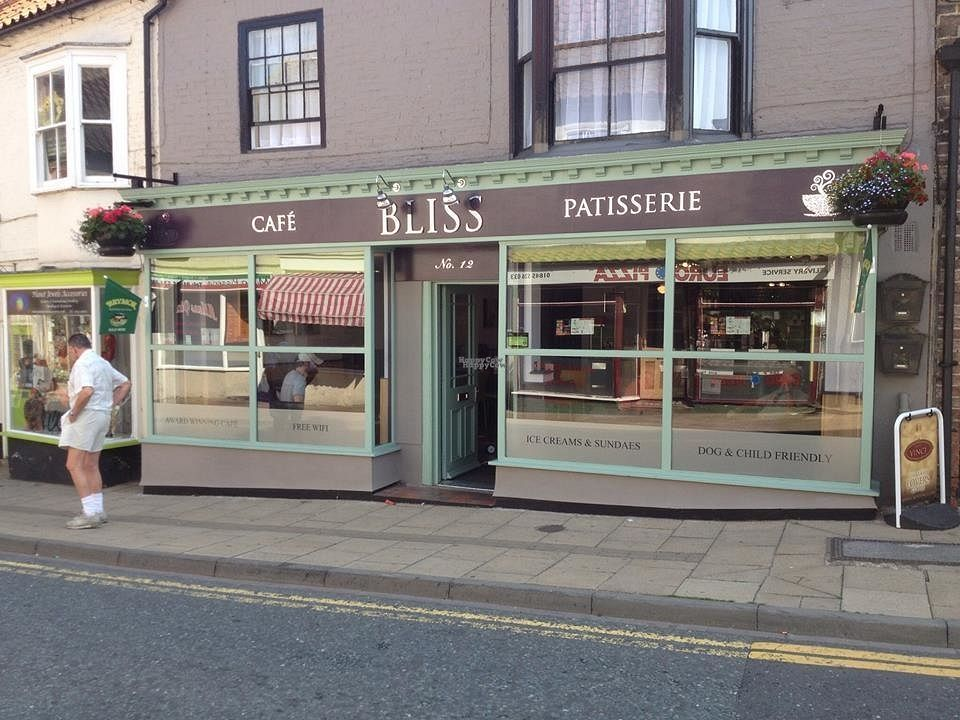 """Photo of Bliss Cafe & Patisserie  by <a href=""""/members/profile/Meaks"""">Meaks</a> <br/>Bliss Cafe & Patisserie <br/> October 7, 2016  - <a href='/contact/abuse/image/70891/180439'>Report</a>"""