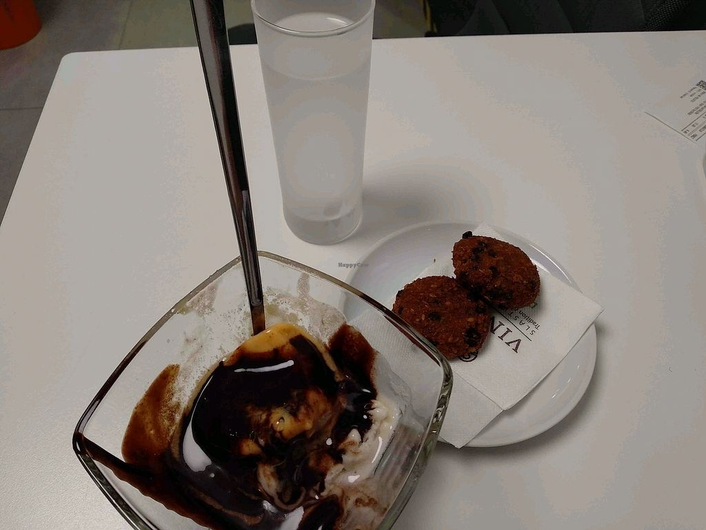 """Photo of Vis a Vis Vincek Cake and Ice Cream  by <a href=""""/members/profile/maltman23"""">maltman23</a> <br/>Vegan ice cream and cookies with vegan chocolate sauce at Vis a Vis <br/> April 3, 2018  - <a href='/contact/abuse/image/70926/380269'>Report</a>"""