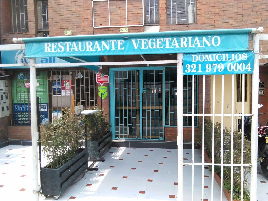 "Photo of Restaurante Vegetariano La 95  by <a href=""/members/profile/maynard7"">maynard7</a> <br/>Exterior, March 2016 <br/> March 16, 2016  - <a href='/contact/abuse/image/70944/140174'>Report</a>"