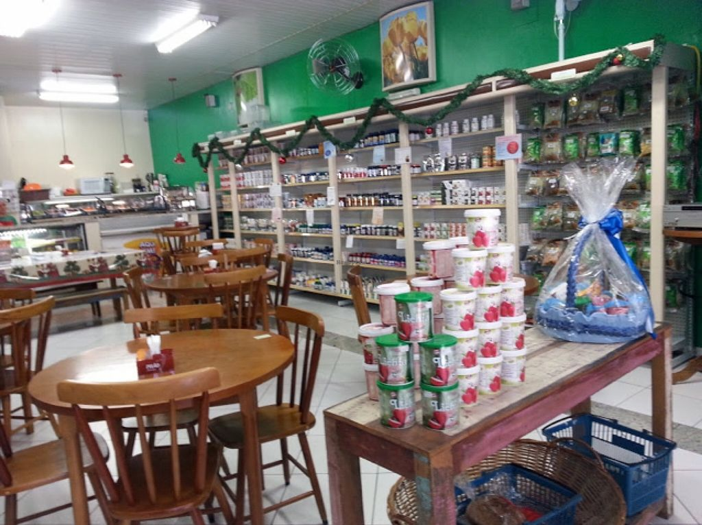"Photo of Santos Verde  by <a href=""/members/profile/thaisalmeida"">thaisalmeida</a> <br/>inside of the store <br/> March 20, 2016  - <a href='/contact/abuse/image/70946/140671'>Report</a>"