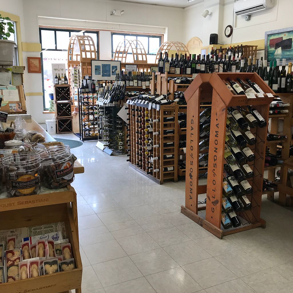 """Photo of John Edwards Whole Foods & Wine Cellar Art Gallery  by <a href=""""/members/profile/Sarah%20P"""">Sarah P</a> <br/>Wine <br/> April 18, 2018  - <a href='/contact/abuse/image/70961/387827'>Report</a>"""