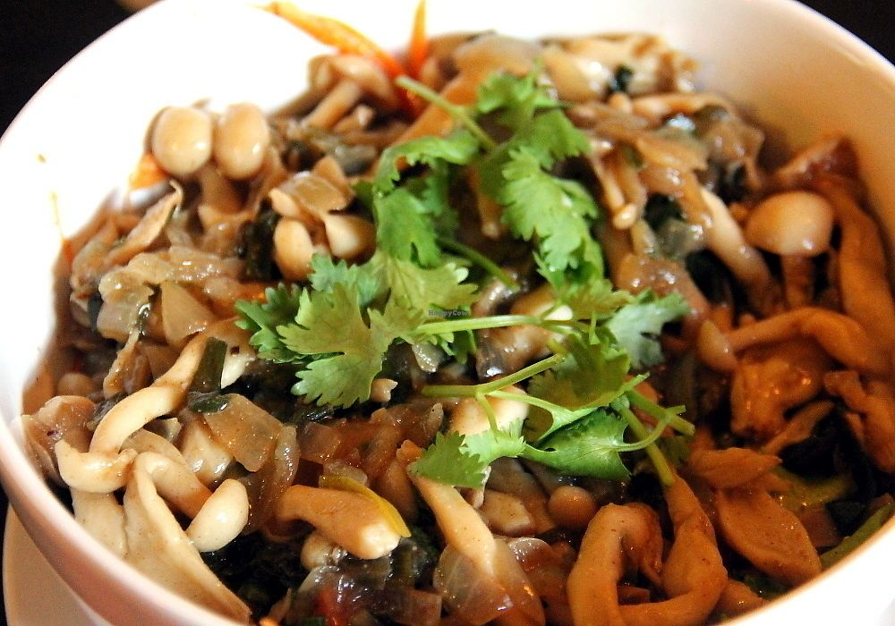 """Photo of Taboon  by <a href=""""/members/profile/reissausta%20ja%20ruokaa"""">reissausta ja ruokaa</a> <br/>Perfect mushroom salad had so much taste.  <br/> July 7, 2017  - <a href='/contact/abuse/image/71037/277573'>Report</a>"""