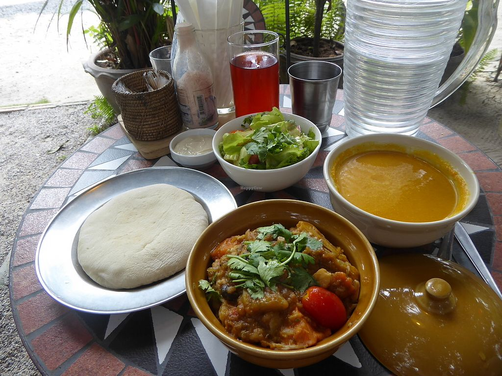 """Photo of Taboon  by <a href=""""/members/profile/VeganNatascha"""">VeganNatascha</a> <br/>Yogi-Lunch-Set <br/> February 16, 2018  - <a href='/contact/abuse/image/71037/359914'>Report</a>"""