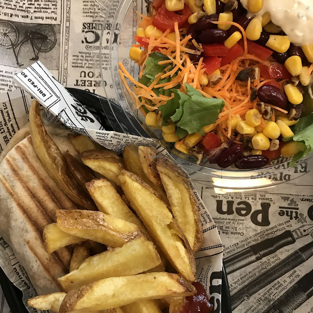 """Photo of Super Vegan  by <a href=""""/members/profile/Missmaaike"""">Missmaaike</a> <br/>Vegan kebab and fries <br/> August 1, 2017  - <a href='/contact/abuse/image/71044/287769'>Report</a>"""