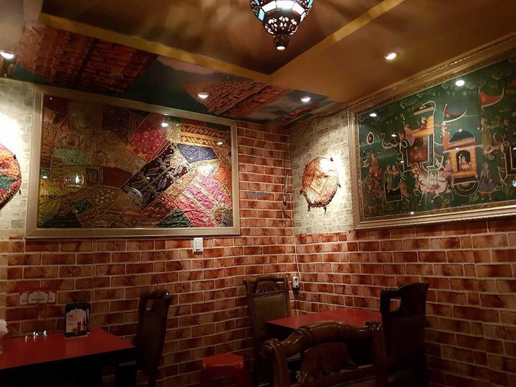 """Photo of Otsal - 옷살  by <a href=""""/members/profile/natalik"""">natalik</a> <br/>Interior shot  <br/> September 28, 2016  - <a href='/contact/abuse/image/71067/178420'>Report</a>"""