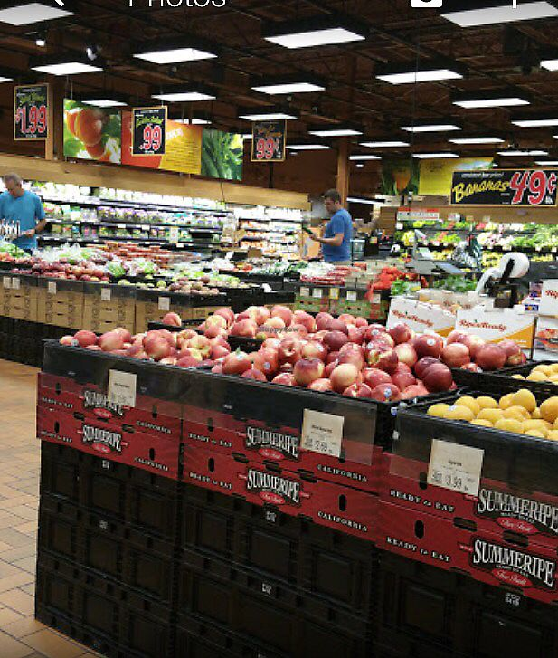 "Photo of Wegmans  by <a href=""/members/profile/KimHale-Yim"">KimHale-Yim</a> <br/>produce <br/> August 18, 2017  - <a href='/contact/abuse/image/71178/293967'>Report</a>"