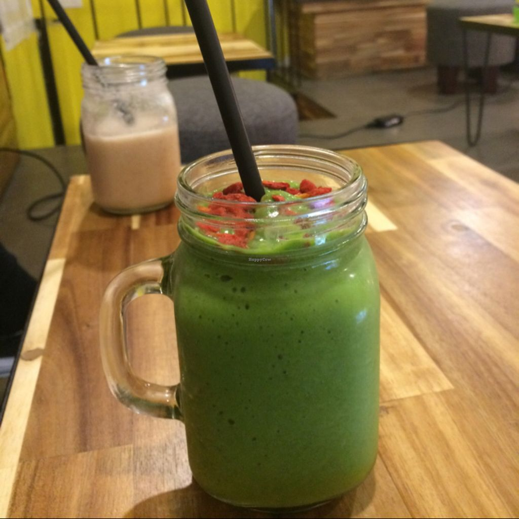 """Photo of CLOSED: Raw Juicery  by <a href=""""/members/profile/KevinEhrenberg"""">KevinEhrenberg</a> <br/>Avo, mango, spinage, soy milk and gojiberries <br/> March 22, 2016  - <a href='/contact/abuse/image/71201/140885'>Report</a>"""