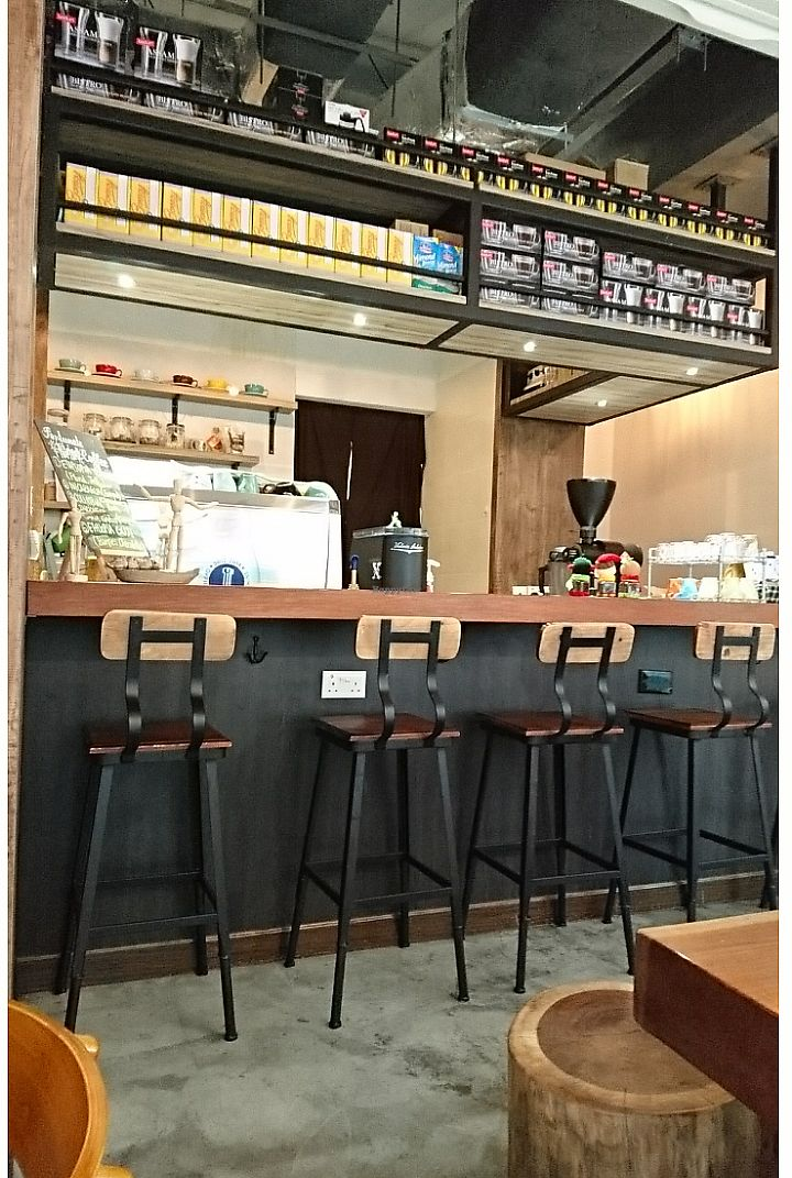 """Photo of LN Fortunate Coffee  by <a href=""""/members/profile/V-for-Vegan"""">V-for-Vegan</a> <br/>  <br/> March 26, 2018  - <a href='/contact/abuse/image/71242/376322'>Report</a>"""