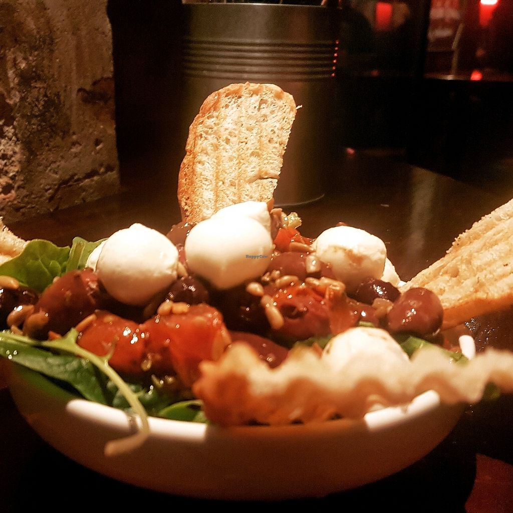 """Photo of Smelteverket  by <a href=""""/members/profile/IdaArchimedesBaron"""">IdaArchimedesBaron</a> <br/>caprese salad <br/> December 3, 2017  - <a href='/contact/abuse/image/71301/331909'>Report</a>"""