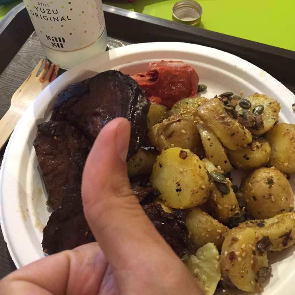 """Photo of CLOSED: Mon Espace Vege  by <a href=""""/members/profile/Toonysgroove"""">Toonysgroove</a> <br/>seitan grillé et pommes de terres  <br/> August 14, 2016  - <a href='/contact/abuse/image/71347/168460'>Report</a>"""