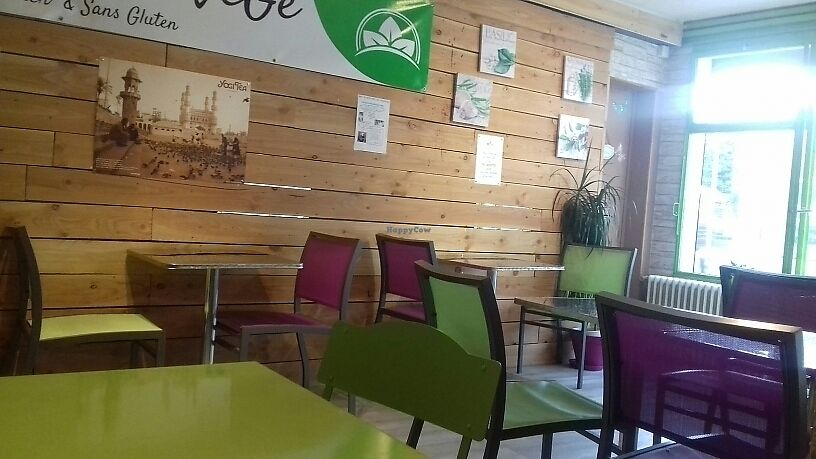 """Photo of CLOSED: Mon Espace Vege  by <a href=""""/members/profile/Vegancat72"""">Vegancat72</a> <br/>Le restaurant  <br/> July 7, 2017  - <a href='/contact/abuse/image/71347/277536'>Report</a>"""