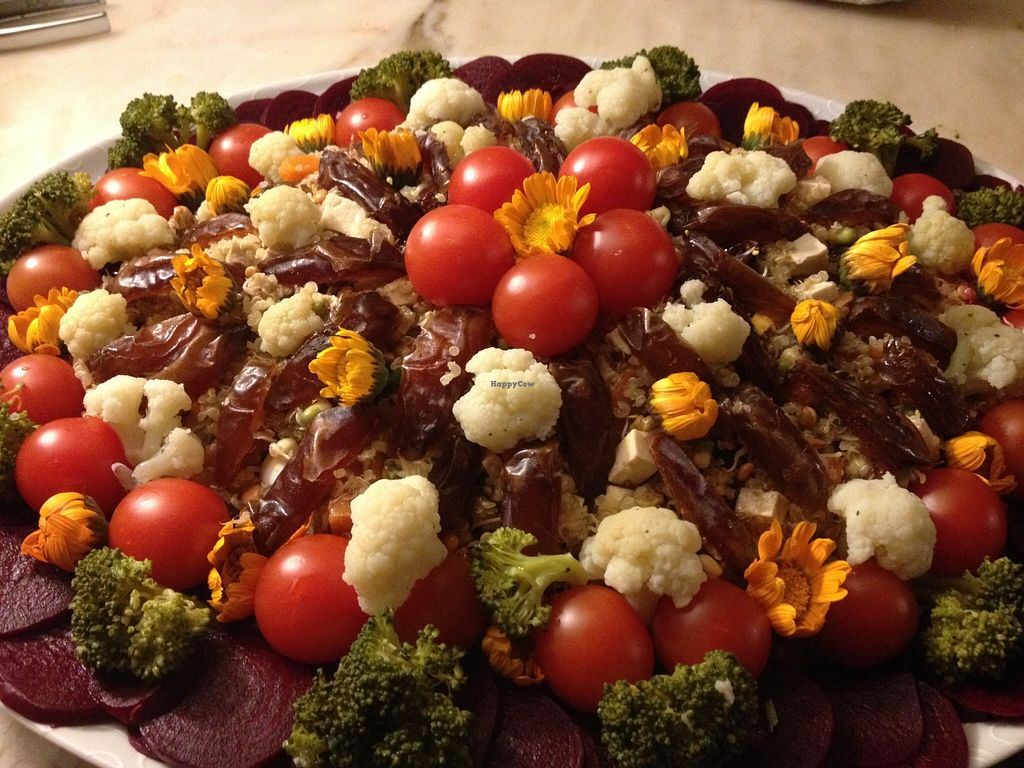 Photo of Cozinha da Kaya  by olides <br/>rich salad of quinoa and nuts <br/> April 2, 2016  - <a href='/contact/abuse/image/71364/142334'>Report</a>