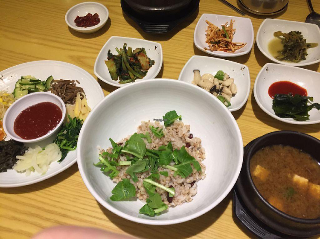 "Photo of CLOSED: Seoul Boribap - Barley in Seoul  by <a href=""/members/profile/Knauji82"">Knauji82</a> <br/>boribap jeongsik 8.500₩ <br/> January 27, 2017  - <a href='/contact/abuse/image/71372/217756'>Report</a>"