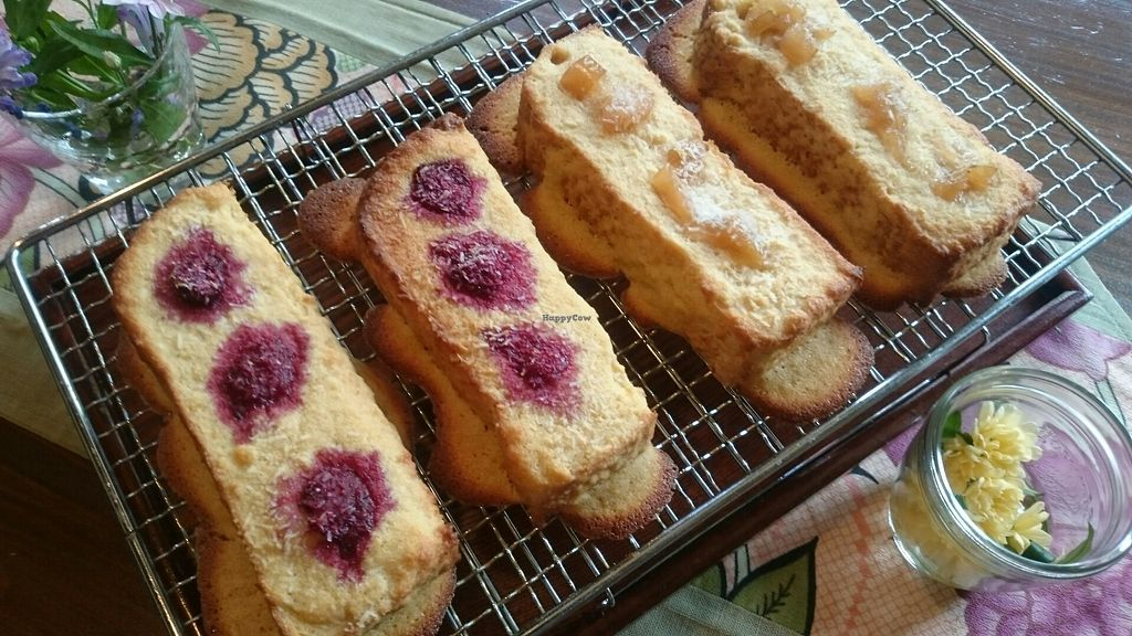 """Photo of Ajyari  by <a href=""""/members/profile/KansaiVege"""">KansaiVege</a> <br/>Dessert toast with fruit jam <br/> February 14, 2018  - <a href='/contact/abuse/image/71519/359189'>Report</a>"""