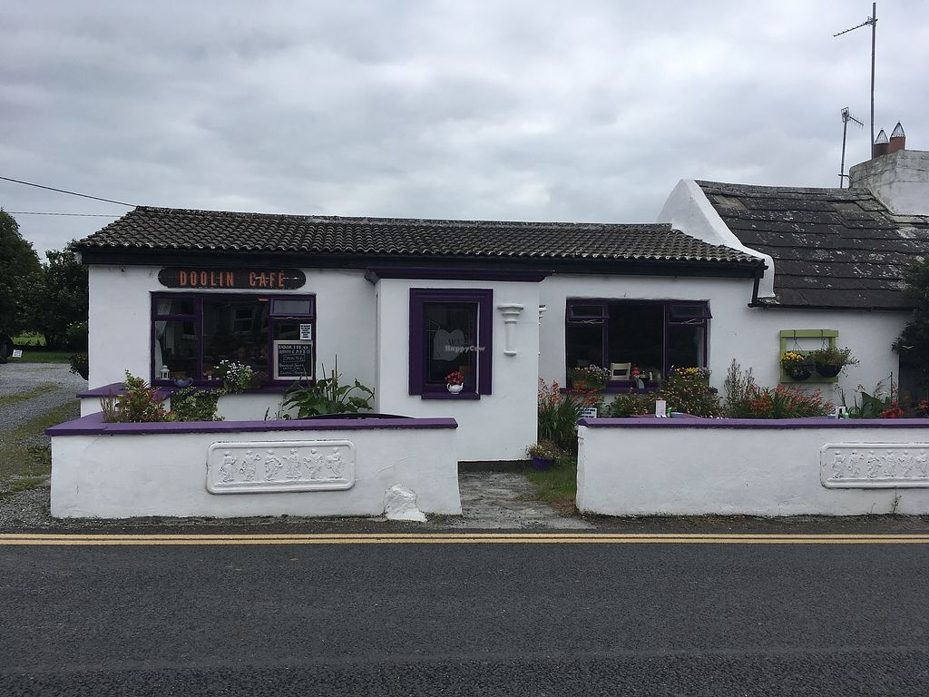 """Photo of Doolin Cafe  by <a href=""""/members/profile/phashonkat"""">phashonkat</a> <br/>Front view <br/> July 24, 2017  - <a href='/contact/abuse/image/71584/284085'>Report</a>"""