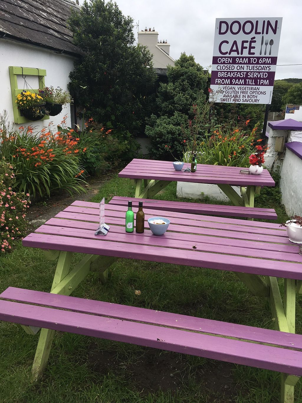 """Photo of Doolin Cafe  by <a href=""""/members/profile/phashonkat"""">phashonkat</a> <br/>Outdoor seating <br/> July 24, 2017  - <a href='/contact/abuse/image/71584/284086'>Report</a>"""