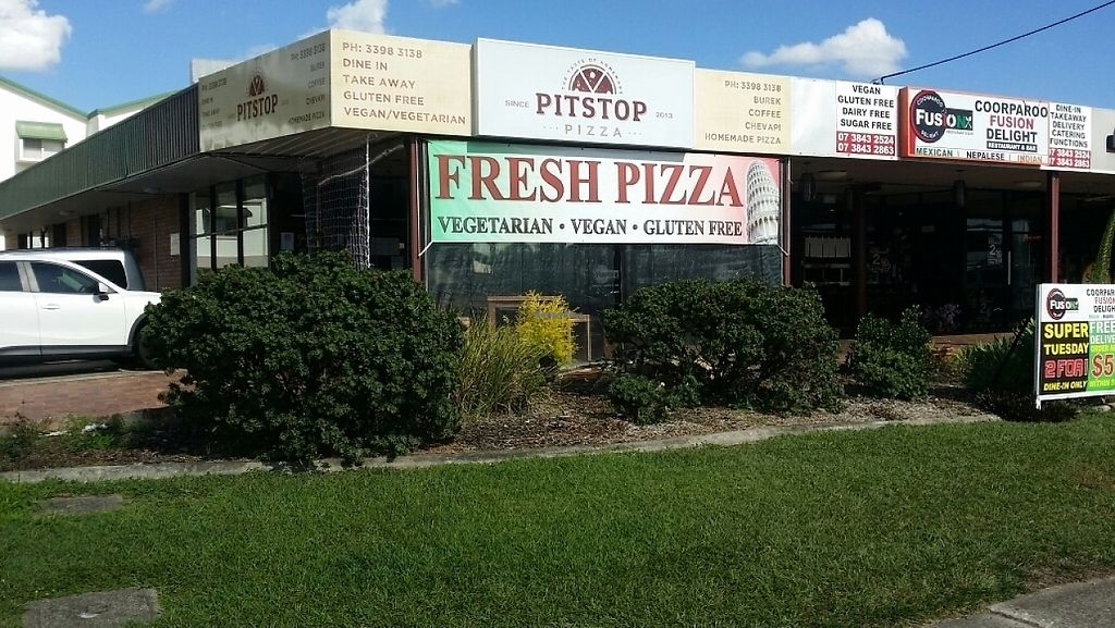 """Photo of Pitstop Pizza  by <a href=""""/members/profile/Mike%20Munsie"""">Mike Munsie</a> <br/>street front <br/> May 26, 2017  - <a href='/contact/abuse/image/71629/262520'>Report</a>"""