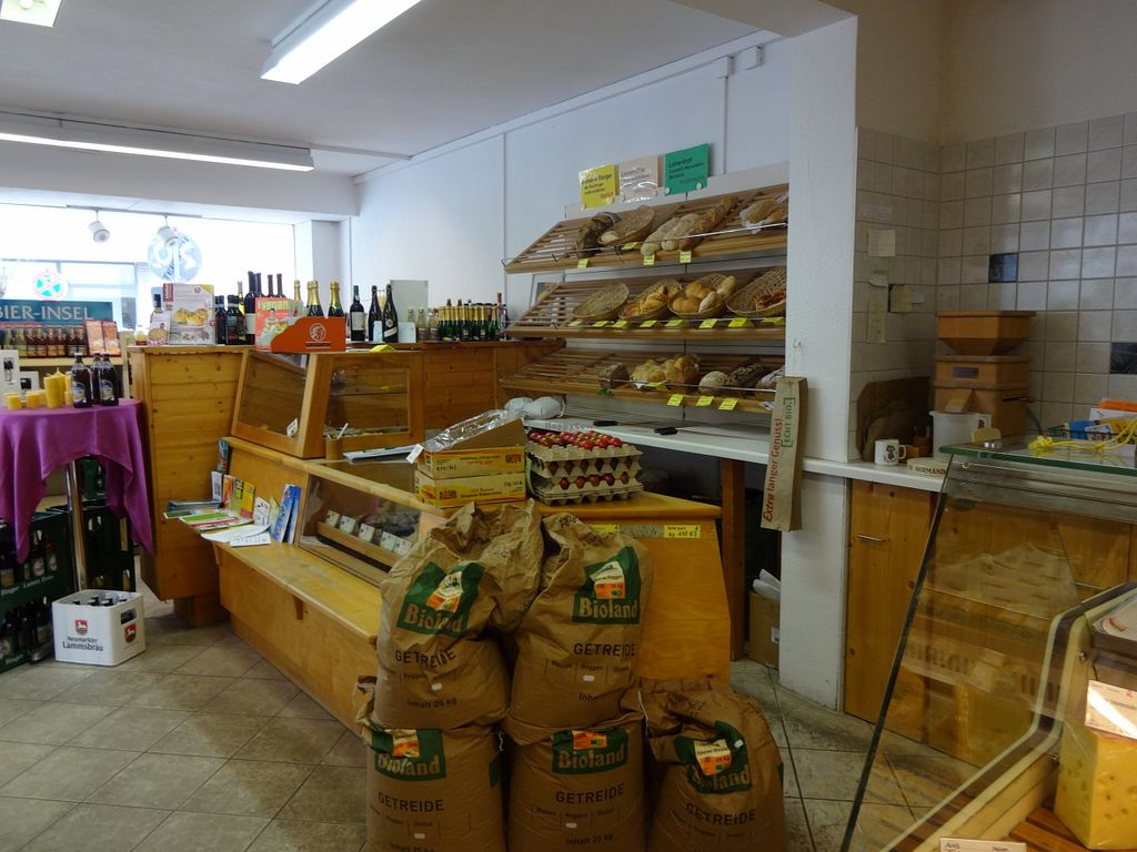 """Photo of Naturkost Lowenzahn  by <a href=""""/members/profile/Architexturburo"""">Architexturburo</a> <br/>small bakery with organic bread and cakes <br/> April 1, 2016  - <a href='/contact/abuse/image/71647/142258'>Report</a>"""