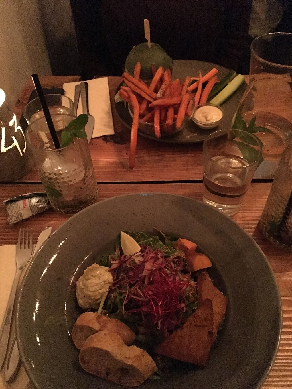 """Photo of Souls  by <a href=""""/members/profile/Anais1992"""">Anais1992</a> <br/>Soul burger with sweet potato fries and a salat with edamame, hummus, tofu, pesto and quinoa! <br/> February 17, 2018  - <a href='/contact/abuse/image/71701/360528'>Report</a>"""