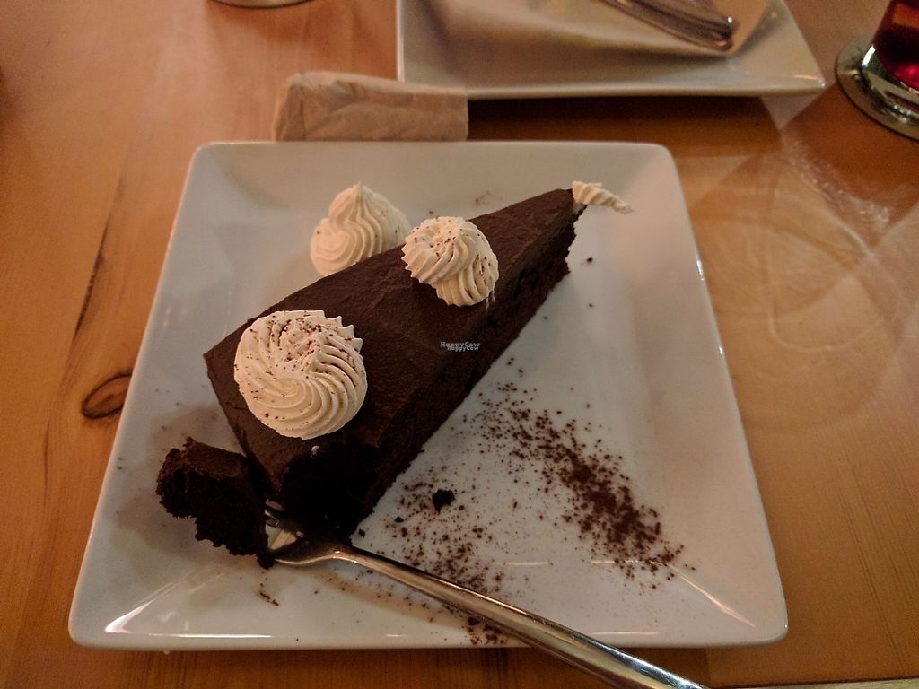 "Photo of CLOSED: El Maderal  by <a href=""/members/profile/kuuupo"">kuuupo</a> <br/>Delicious chocolate tart/cake <br/> April 21, 2017  - <a href='/contact/abuse/image/71776/250695'>Report</a>"