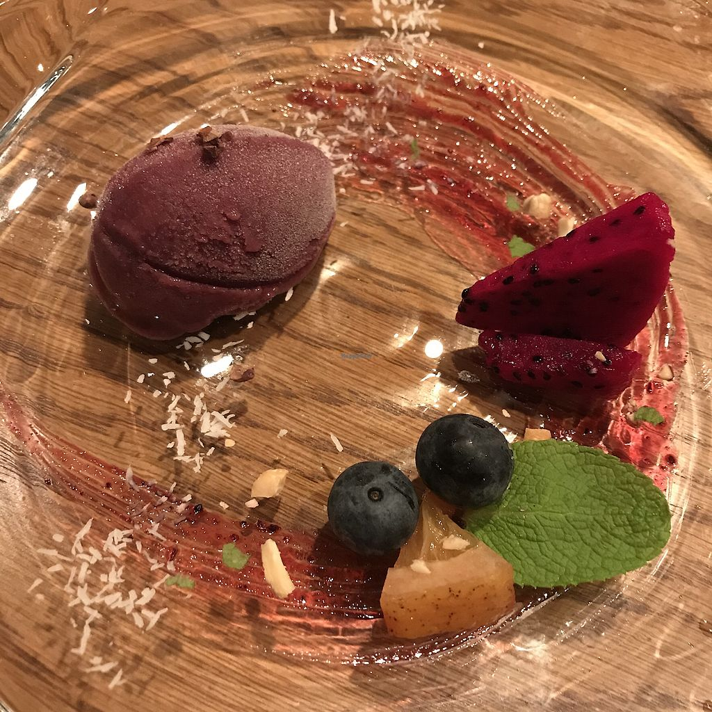 "Photo of Ukishima Garden  by <a href=""/members/profile/SimonJohnson"">SimonJohnson</a> <br/>Beautiful home made sorbet  <br/> October 16, 2017  - <a href='/contact/abuse/image/71830/315815'>Report</a>"