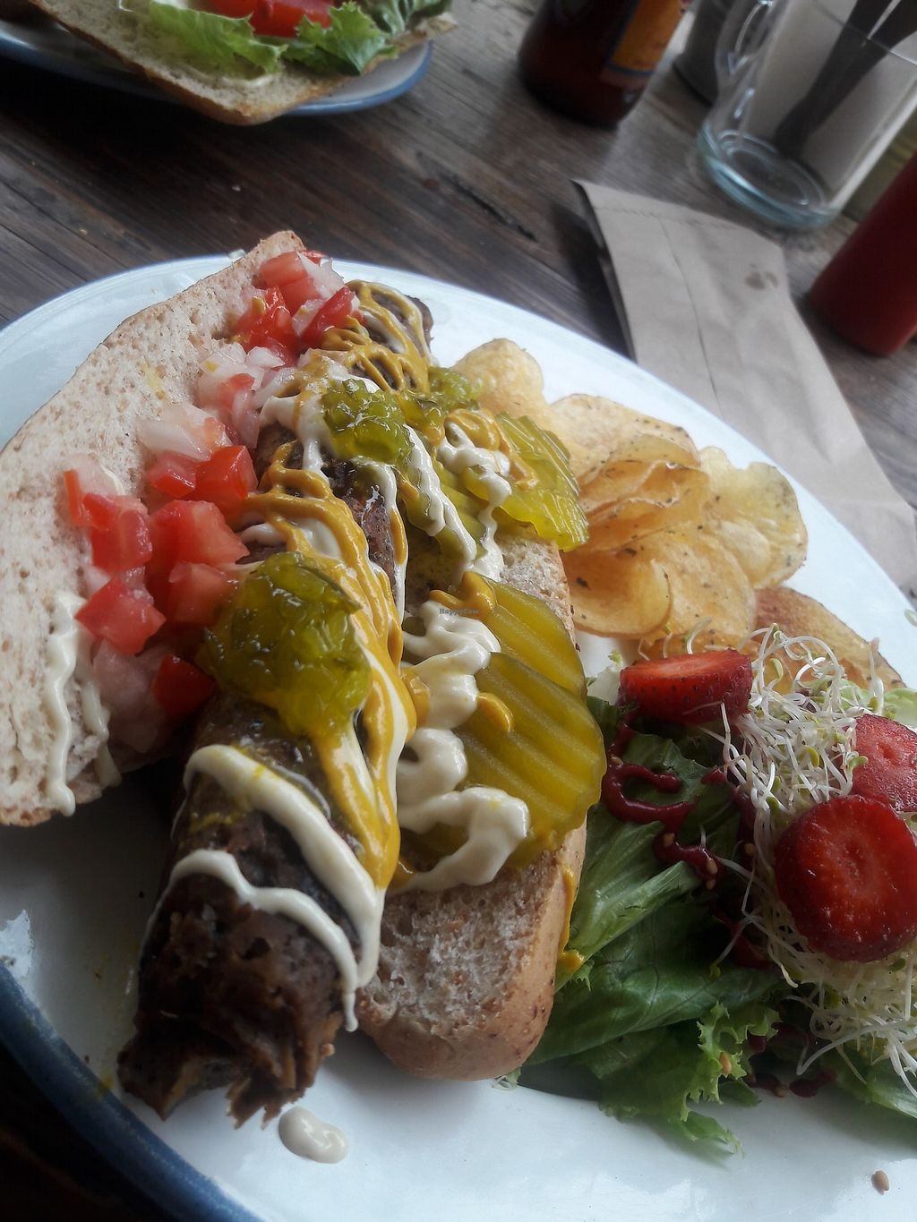 """Photo of CLOSED: Vegan Planet - Mexico City  by <a href=""""/members/profile/DaniLove"""">DaniLove</a> <br/>hot dog mehh <br/> June 27, 2017  - <a href='/contact/abuse/image/71863/273900'>Report</a>"""