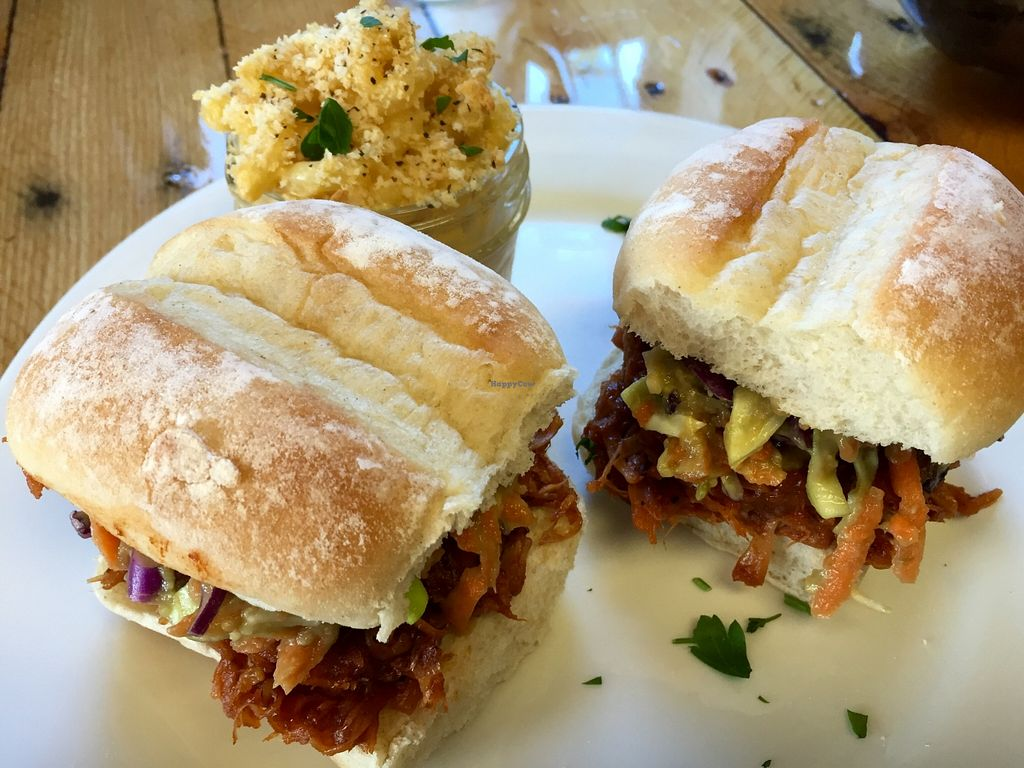 "Photo of Paisley Vegan Kitchen  by <a href=""/members/profile/clovely.vegan"">clovely.vegan</a> <br/>BBQ Pulled Pork Sandwich (jackfruit).  <br/> April 5, 2016  - <a href='/contact/abuse/image/71867/142949'>Report</a>"