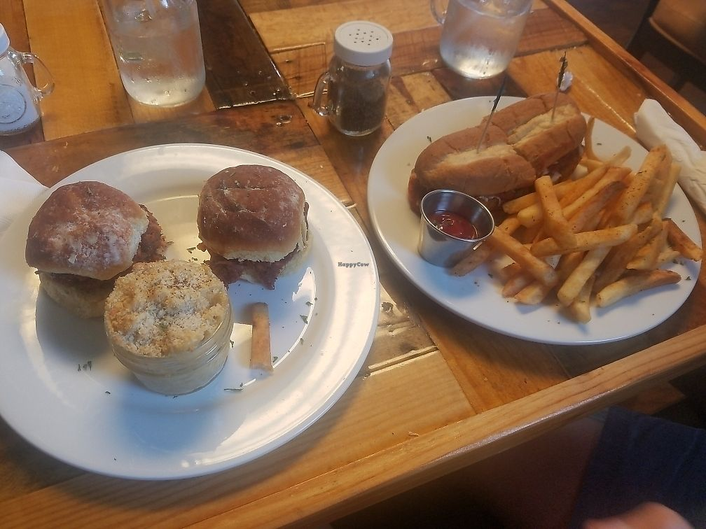 "Photo of Paisley Vegan Kitchen  by <a href=""/members/profile/Consciouschink"">Consciouschink</a> <br/>Vegan Parmesan Sub, BBQ Jackfruit with Mac & Cheese <br/> July 3, 2017  - <a href='/contact/abuse/image/71867/276440'>Report</a>"