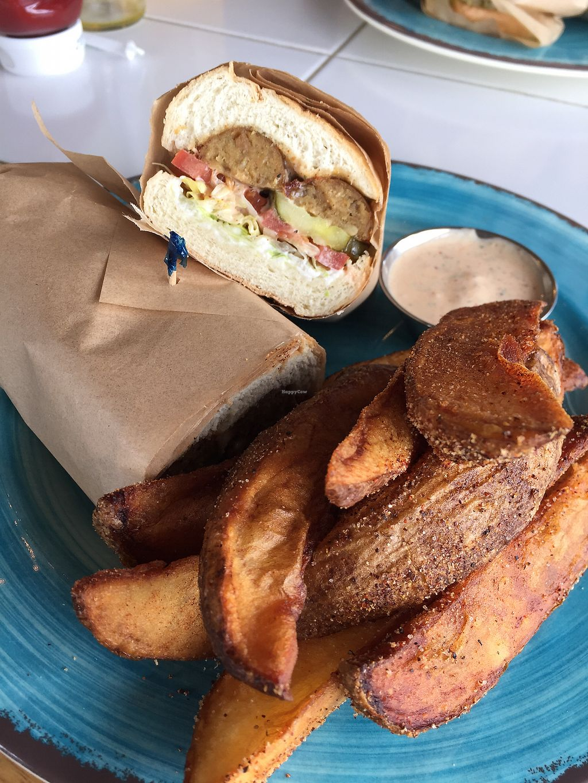 "Photo of Krimsey's Cajun Kitchen  by <a href=""/members/profile/heathenvegan"">heathenvegan</a> <br/>Sausage poboy <br/> March 3, 2018  - <a href='/contact/abuse/image/71919/366292'>Report</a>"