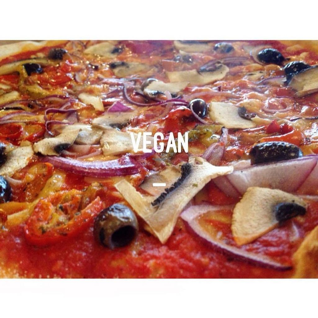 "Photo of Brick Pizza  by <a href=""/members/profile/Meaks"">Meaks</a> <br/>Vegan Pizza <br/> August 4, 2016  - <a href='/contact/abuse/image/71939/165355'>Report</a>"