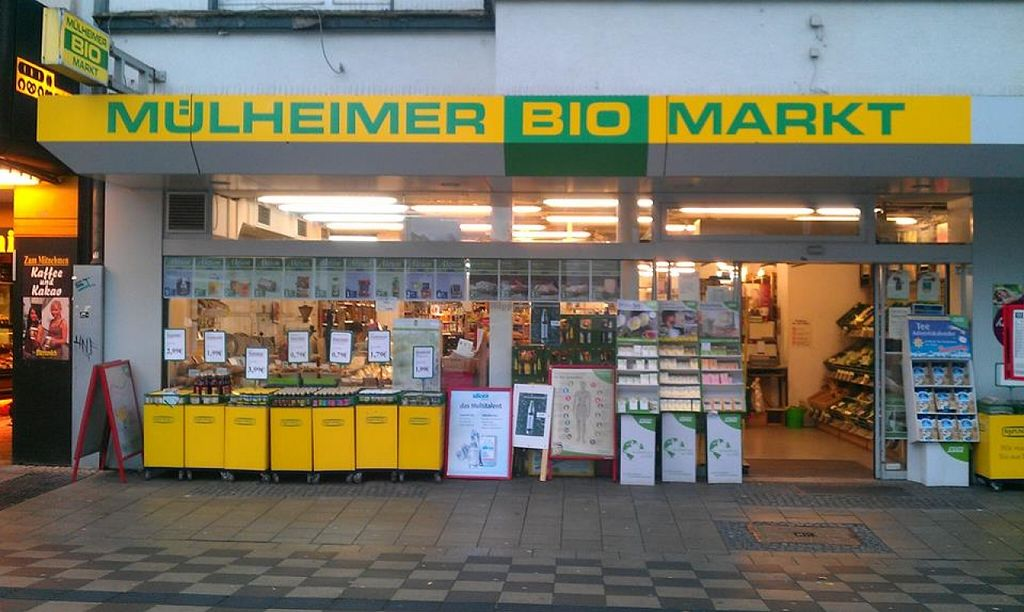 """Photo of Mülheimer Biomarkt  by <a href=""""/members/profile/community"""">community</a> <br/>Mülheimer Biomarkt <br/> April 6, 2016  - <a href='/contact/abuse/image/72058/143117'>Report</a>"""
