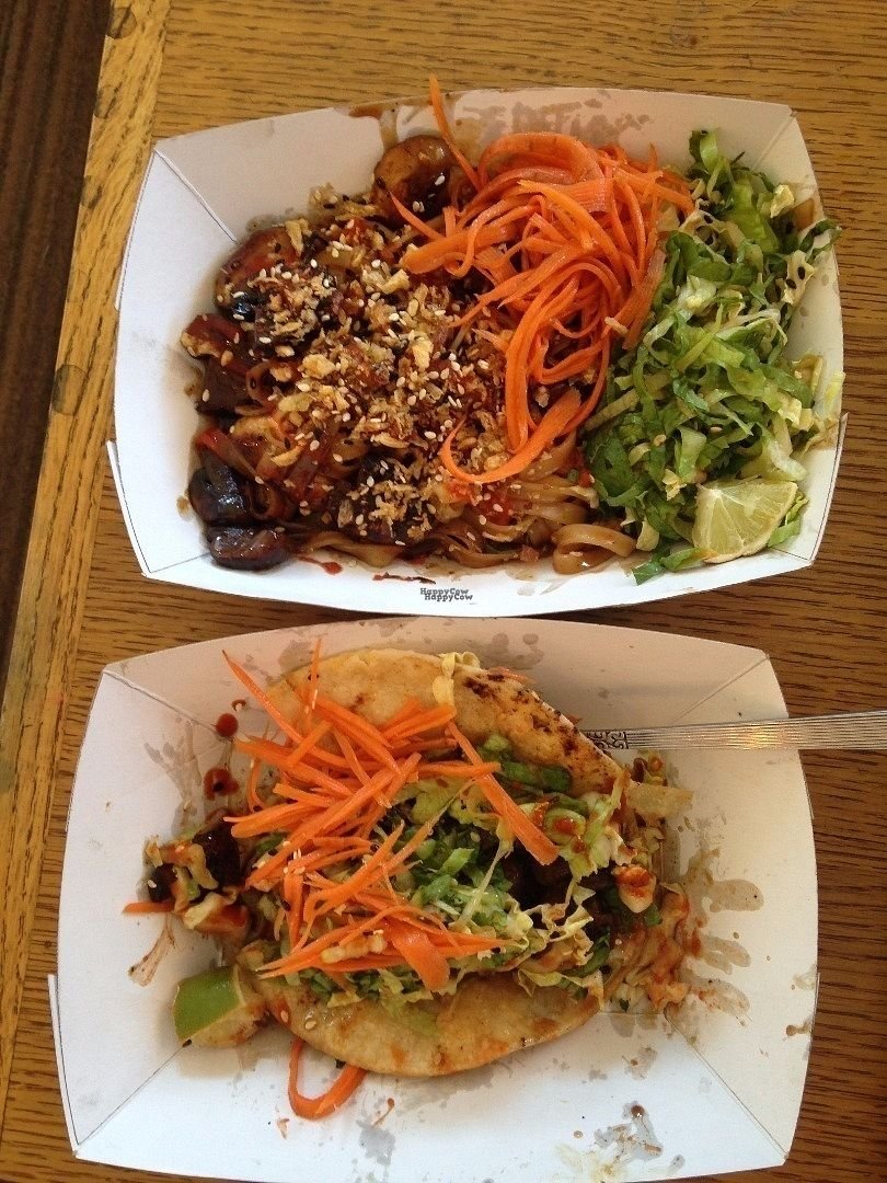 """Photo of Le Truck - Food Truck  by <a href=""""/members/profile/Sarah%20P"""">Sarah P</a> <br/>Street noodles made vegan + mushroom tacos <br/> September 25, 2016  - <a href='/contact/abuse/image/72076/177912'>Report</a>"""