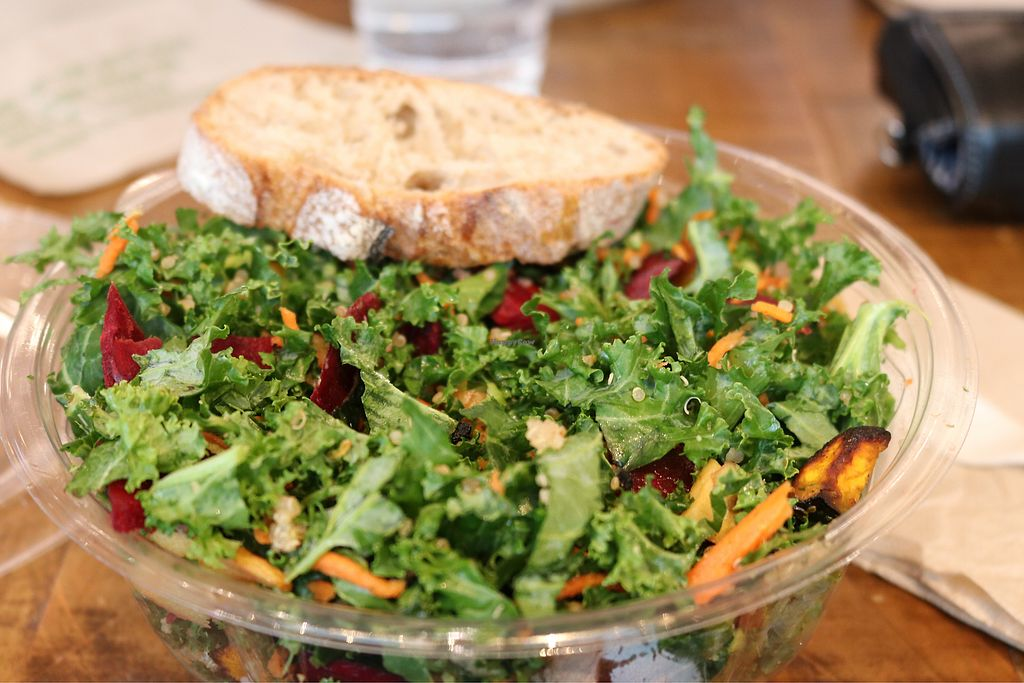 "Photo of sweetgreen - L St  by <a href=""/members/profile/oliviaowens"">oliviaowens</a> <br/>Pick-your-own-salad <br/> March 29, 2018  - <a href='/contact/abuse/image/72118/377979'>Report</a>"