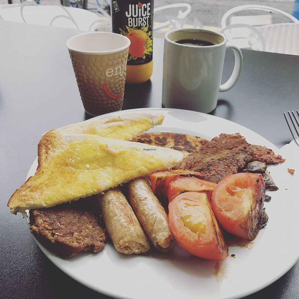 """Photo of Breakfast Brunch and Lunch  by <a href=""""/members/profile/TheEverydayVegan"""">TheEverydayVegan</a> <br/>Vegan Breakfast <br/> October 5, 2017  - <a href='/contact/abuse/image/72133/311996'>Report</a>"""