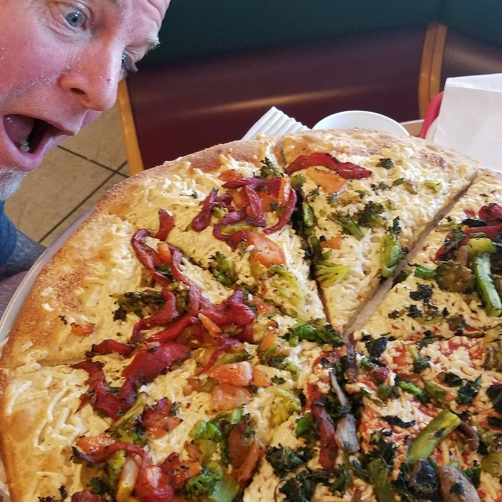"""Photo of Nick's Pizza  by <a href=""""/members/profile/Blaze.N.Sunshine"""">Blaze.N.Sunshine</a> <br/>Vegan Pizza....yummo!! <br/> September 27, 2017  - <a href='/contact/abuse/image/72154/309031'>Report</a>"""