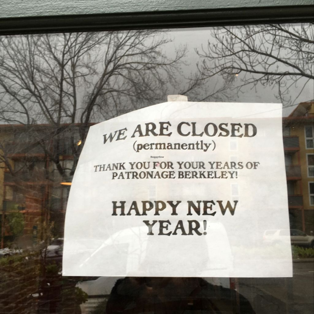 """Photo of CLOSED: Cafe Gratitude  by <a href=""""/members/profile/Sopicky"""">Sopicky</a> <br/>Cafe Gratitude permanently CLOSED <br/> January 9, 2016  - <a href='/contact/abuse/image/7217/131663'>Report</a>"""