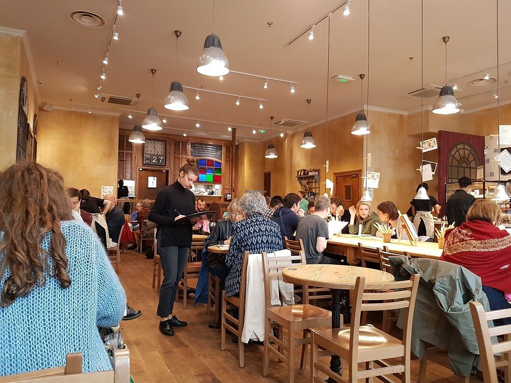 """Photo of Le Pain Quotidien - Les Halles  by <a href=""""/members/profile/Velonaut"""">Velonaut</a> <br/>The restaurant <br/> August 10, 2017  - <a href='/contact/abuse/image/72217/291121'>Report</a>"""