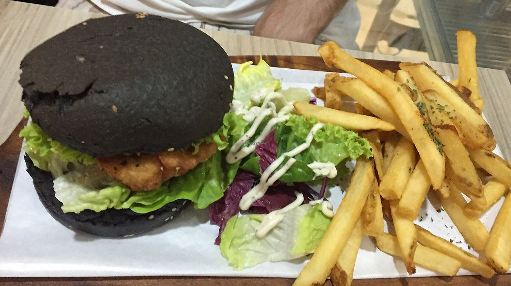 "Photo of Saute  by <a href=""/members/profile/VillVanilje"">VillVanilje</a> <br/>King oyster mushroom burger  <br/> October 29, 2017  - <a href='/contact/abuse/image/72222/319723'>Report</a>"