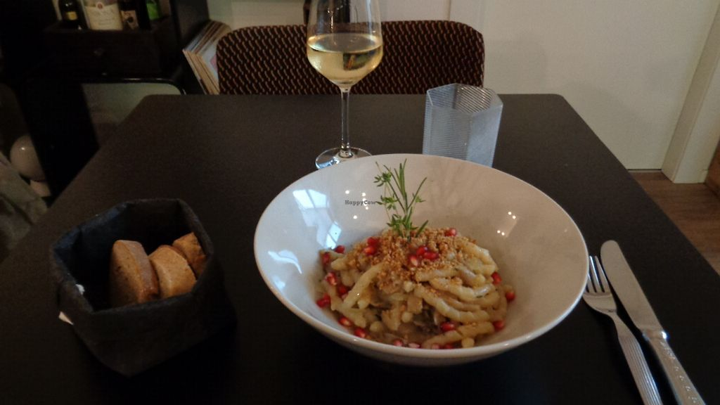 """Photo of Interno TRE  by <a href=""""/members/profile/theexternvoid"""">theexternvoid</a> <br/>Pasta and wine <br/> September 20, 2017  - <a href='/contact/abuse/image/72240/306500'>Report</a>"""