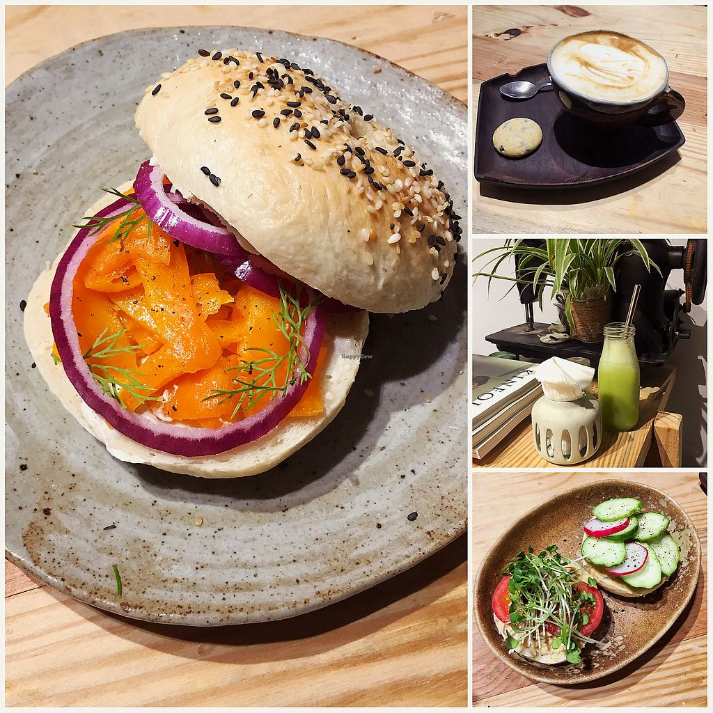 "Photo of La Studio  by <a href=""/members/profile/MaikaKarremans"">MaikaKarremans</a> <br/>Carrot lox and bagel with hummus <br/> January 11, 2018  - <a href='/contact/abuse/image/72278/345497'>Report</a>"