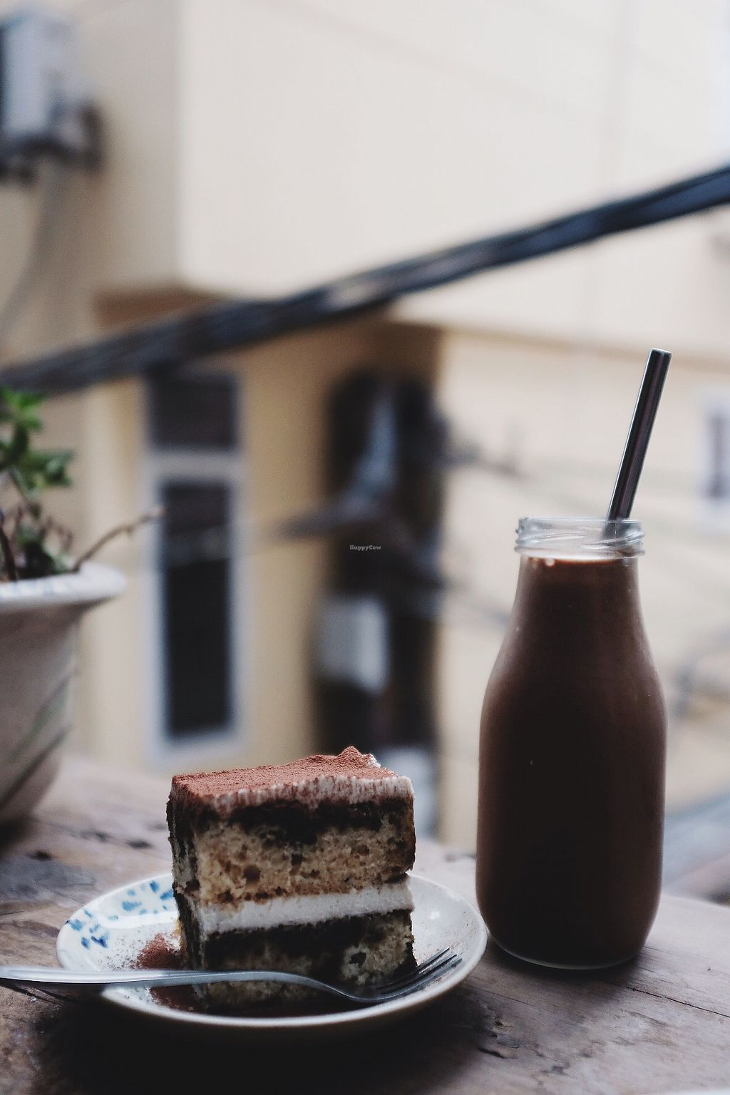 "Photo of La Studio  by <a href=""/members/profile/IsabelJanssen"">IsabelJanssen</a> <br/>Morning Smoothie and Tiramisu  <br/> February 10, 2018  - <a href='/contact/abuse/image/72278/357204'>Report</a>"