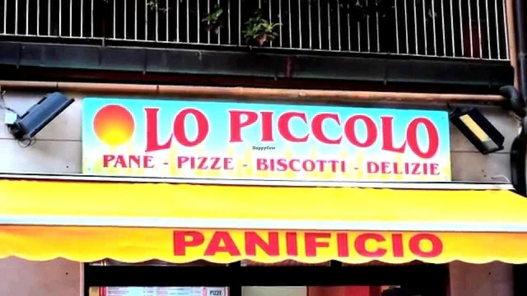 """Photo of Pacifico Lo Piccolo  by <a href=""""/members/profile/AndreaFortune"""">AndreaFortune</a> <br/>Pezzi di rosticceria e gastronomia vegana <br/> December 31, 2017  - <a href='/contact/abuse/image/72279/341315'>Report</a>"""