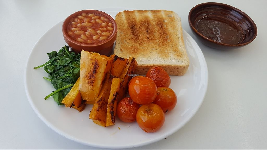 "Photo of Porthmeor Beach Cafe  by <a href=""/members/profile/VeganAnnaS"">VeganAnnaS</a> <br/>A vegan version of the build your own breakfast <br/> October 14, 2017  - <a href='/contact/abuse/image/72398/315112'>Report</a>"