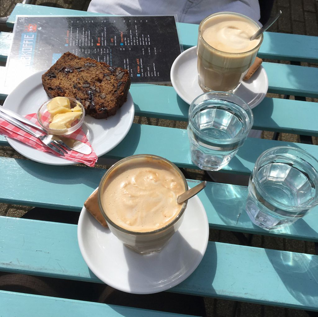 """Photo of CLOSED: Club Koffie  by <a href=""""/members/profile/Birdwonders"""">Birdwonders</a> <br/>coffee with oat milk, vegan biscuits and a slice of vegan banana break, best I've ever had  <br/> May 20, 2017  - <a href='/contact/abuse/image/72401/260553'>Report</a>"""