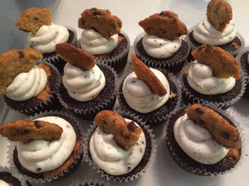 "Photo of CLOSED: Pogona Baking Company  by <a href=""/members/profile/ShellLillian"">ShellLillian</a> <br/>Cookie Monster cupcakes  <br/> April 14, 2016  - <a href='/contact/abuse/image/72405/144580'>Report</a>"